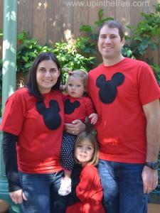 Family Pic Disneyland